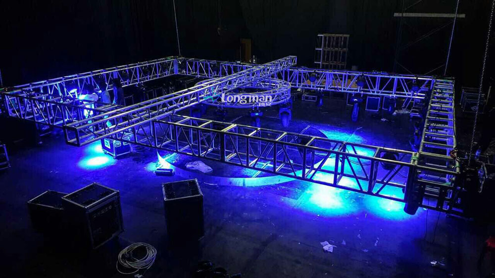 stage truss and stage light for Maldives event